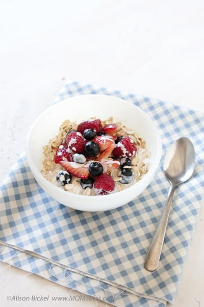 no cook oatmeal with fresh berries