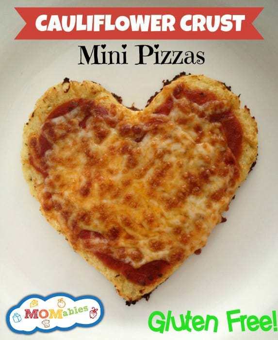 Cauliflower-Crust-Mini-Heart-Pizza-via-MOMables.com_-573x700