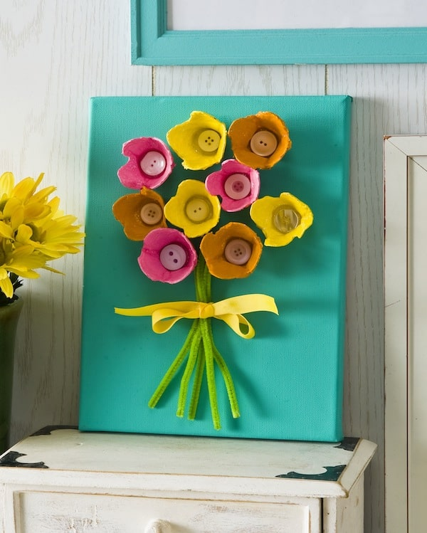 You will definitely feel the love when your kids make you one of these 8 fun Mother's Day Crafts! You'll have something special your kids made just for you.