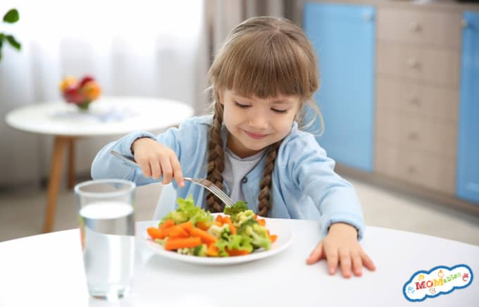 How to get picky eaters to try new foods and 10 veggie side dishes for picky eaters.