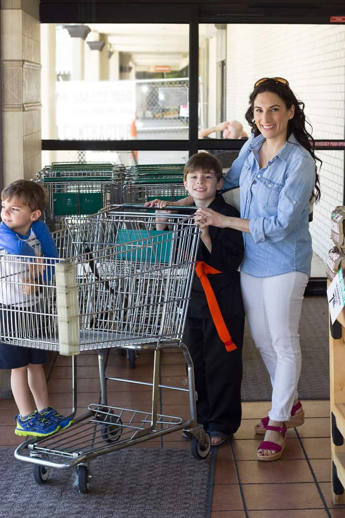 laura at grocery with kids