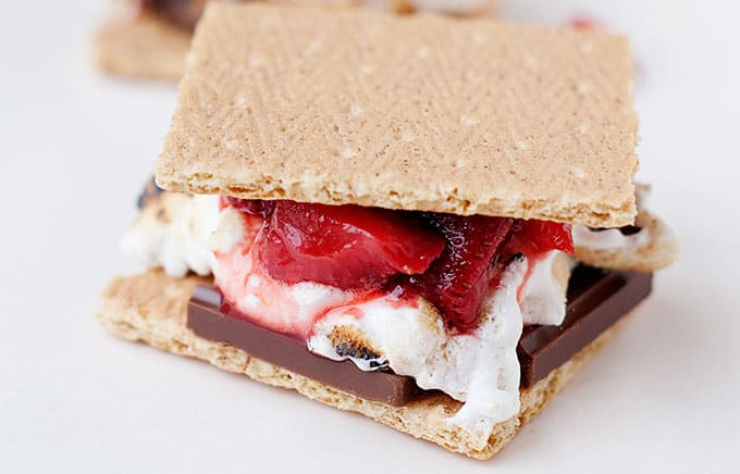 strawberry s'mores