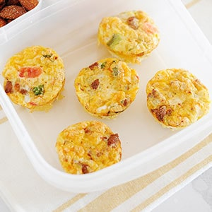 Image: mini quiches in a lunchbox